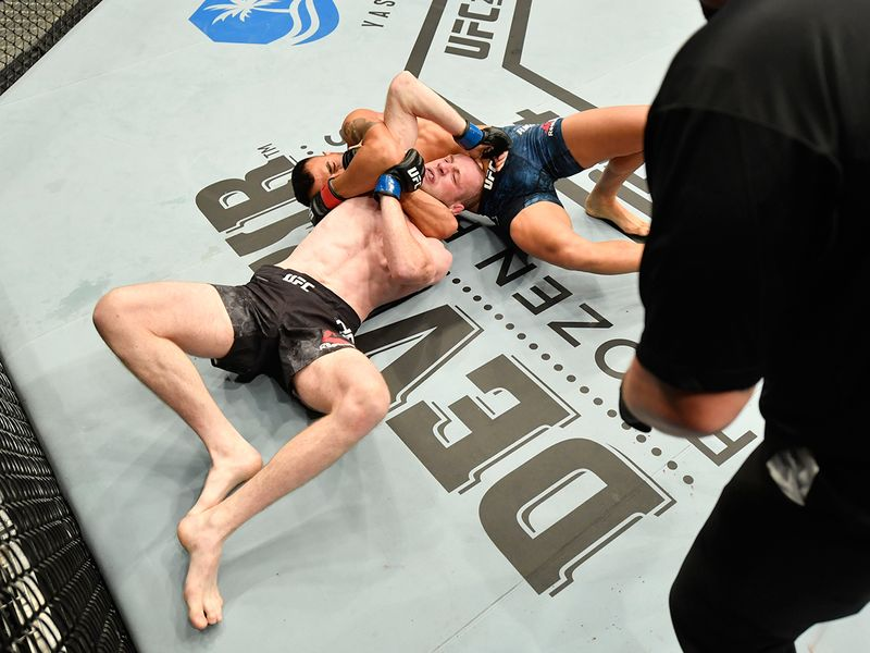 Division: Featherweight Makwan Amirkhani (16-4 MMA, 6-2 UFC) def. Danny Henry (12-4 MMA, 2-2 UFC) via technical submission (anaconda choke) – Round 1, 3:15