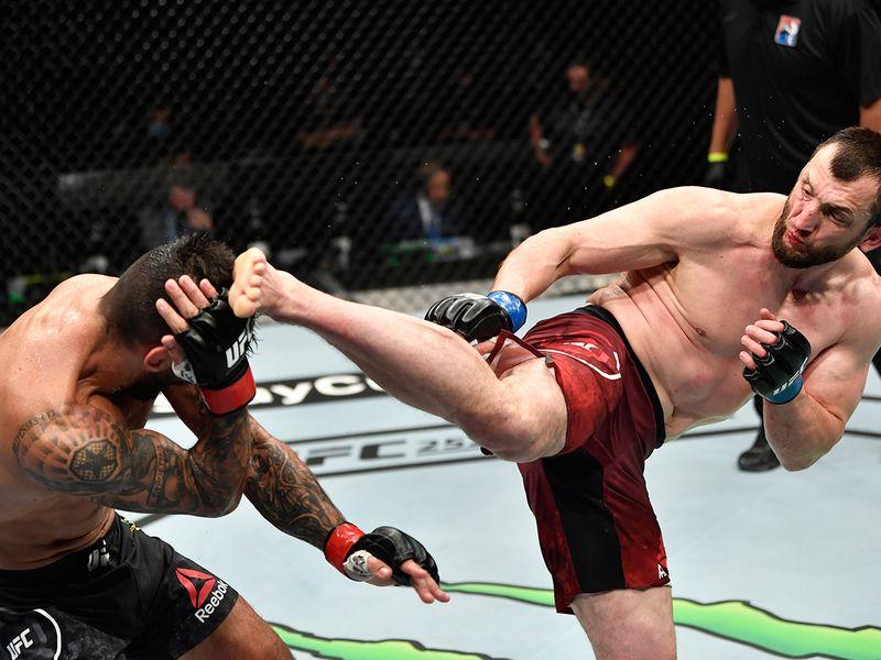 Division: Welterweight Muslim Salikhov (17-2 MMA, 4-1 UFC) def. Elizeu Zaleski dos Santos (22-7 MMA, 8-3 UFC) via split decision (30-27, 28-29, 29-28)