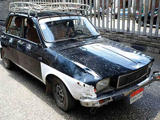 REG 200713 EGYPT old taxi-1594654587265