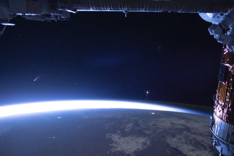 Copy of Visiting_Comet_97244.jpg-b15b5~1-1594703569602