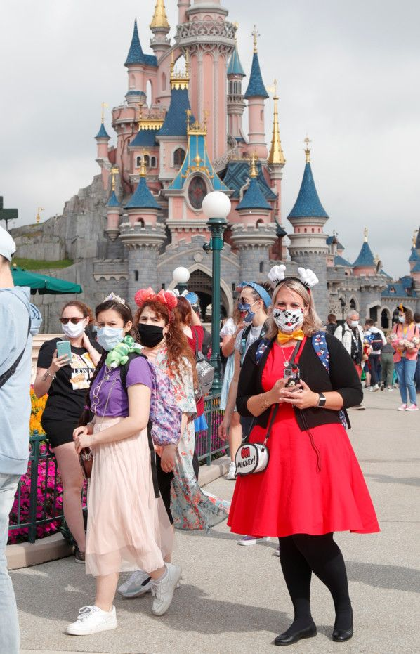 Copy of 2020-07-15T103821Z_641140257_RC2MTH9P73U5_RTRMADP_3_HEALTH-CORONAVIRUS-DISNEYLAND-PARIS-1594812399530