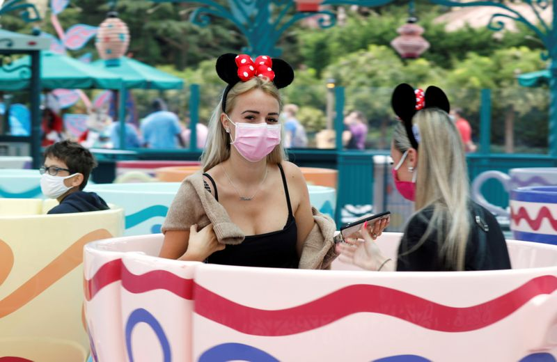 Copy of 2020-07-15T110352Z_1154001569_RC2NTH9GURFM_RTRMADP_3_HEALTH-CORONAVIRUS-DISNEYLAND-PARIS-1594812412546