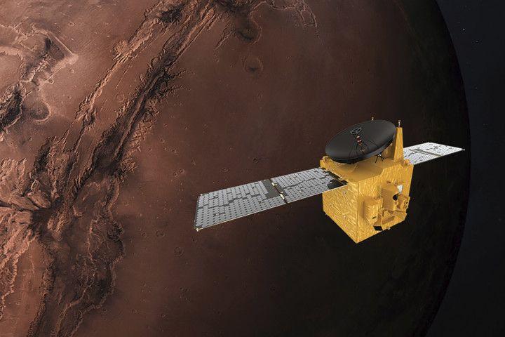 NAT 200715  Mars_Missions1-1594815026736