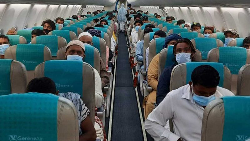 Stranded Pakistanis