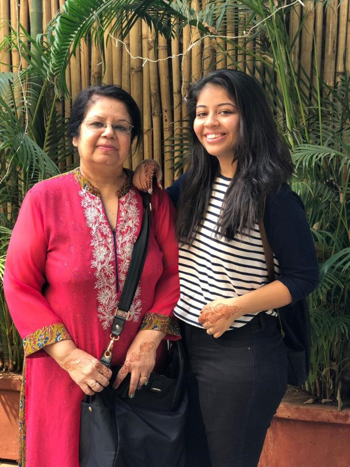 NAT 200719 Varsha Nitin Adani with her daughter Pankti-1595163772524