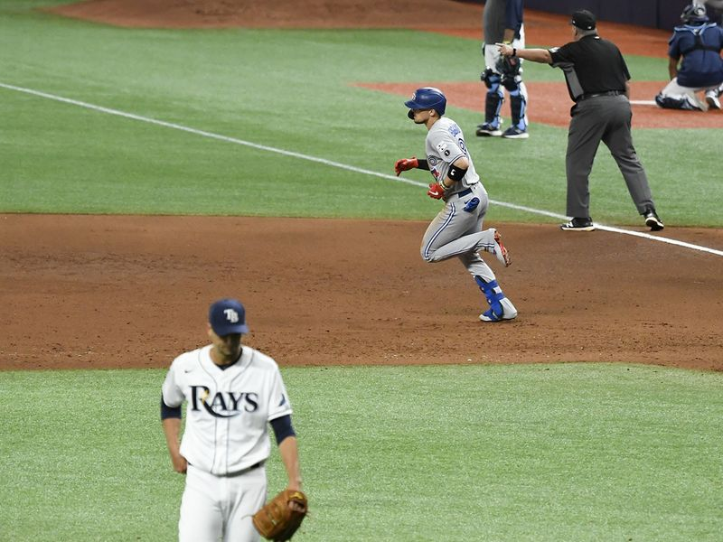 Blue Jays 6, Rays 4 Cavan Biggio slugged a three-run homer as Toronto produced consecutive three-run innings to beat Tampa Bay in St. Petersburg.