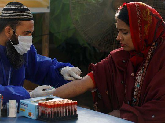 Blood sample test paramedic gloves Pakistan Karachi