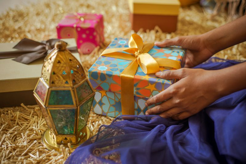 Eid gifting