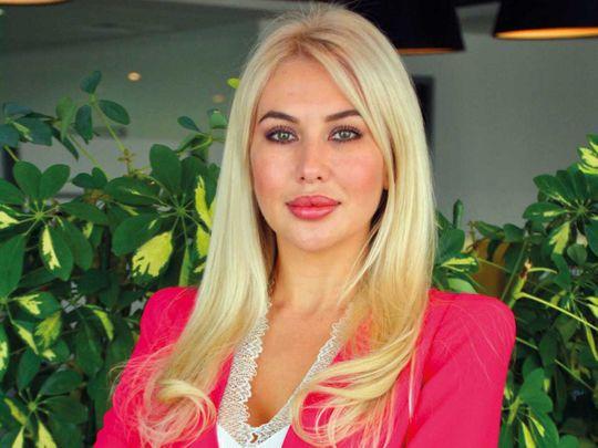 SU_200728_Citizenship-adv-Illimite-Elina-M-Nikolaevna-GenManager-for-web