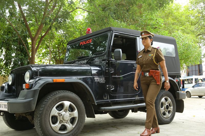 Varalakshmi Sarathkumar as a police inspector in Danny-1596013634394