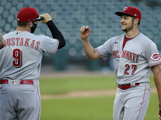 The Reds won their doubleheader against the Tigers