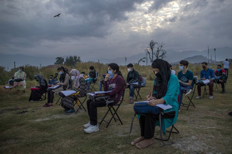 Copy of APTOPIX_Kashmir_Reimagining_School_Photo_Gallery_59462.jpg-29cb2~1-1596618937868