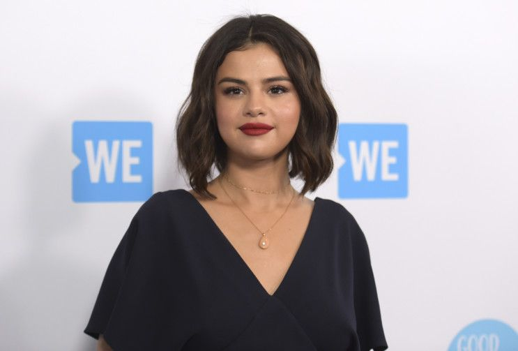 Copy of TV_Selena_Gomez_50283.jpg-93ea8~1-1596693768301