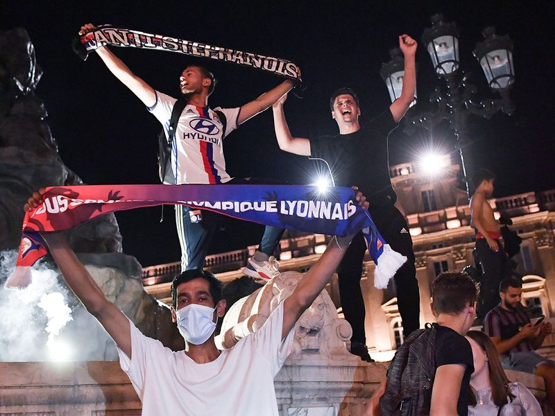 Lyon defeated Juventus in the Champions League