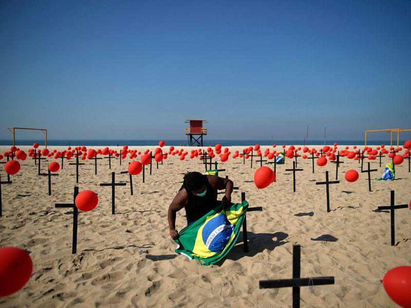 BRAZIL COVID 54