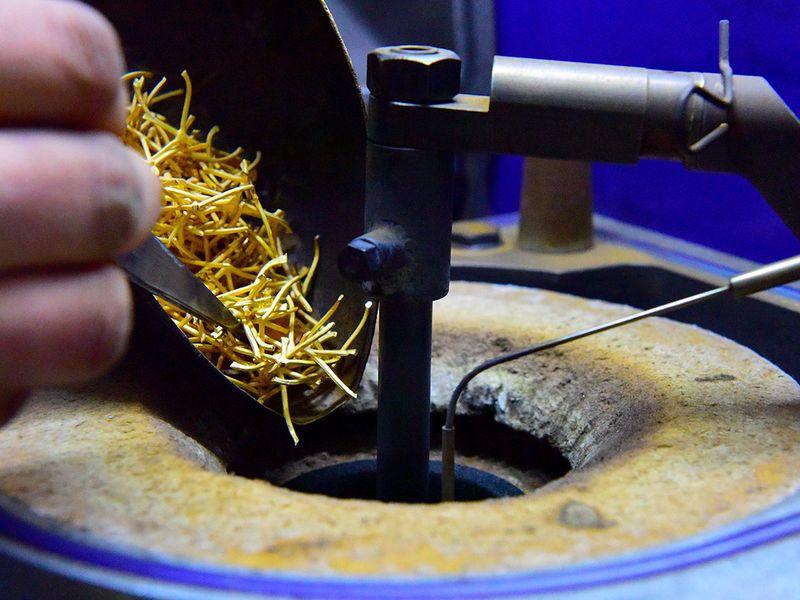 Stock gold jewellery Dubai