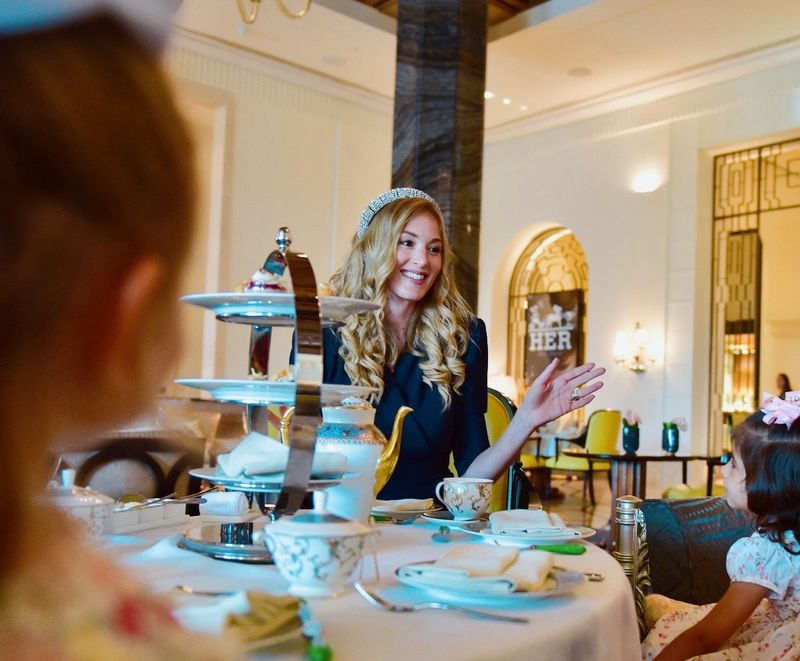 Taylor Elizabeth Perramond is a UAE-based etiquette coach and mother