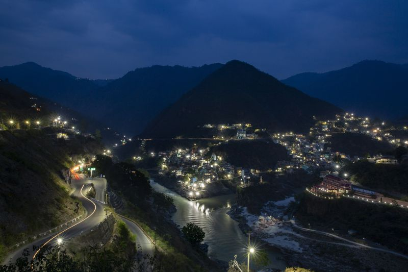Copy of India_Ganges_Photo_Essay_41150.jpg-868b1~1-1597137575076