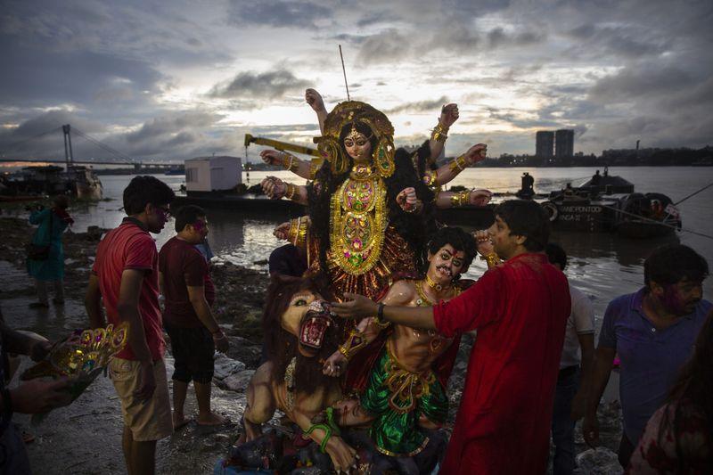 Copy of India_Ganges_Photo_Essay_56588.jpg-ae25c~1-1597137554523