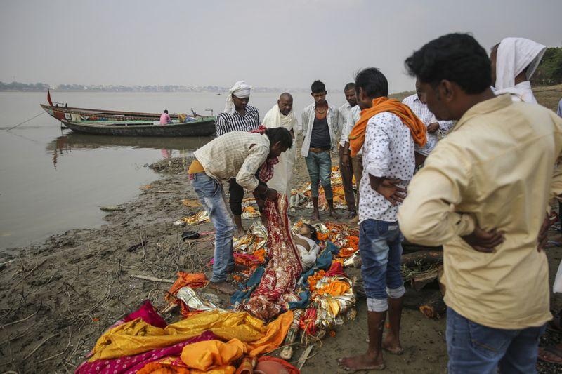 Copy of India_Ganges_Photo_Essay_71307.jpg-80a86~1-1597137537638