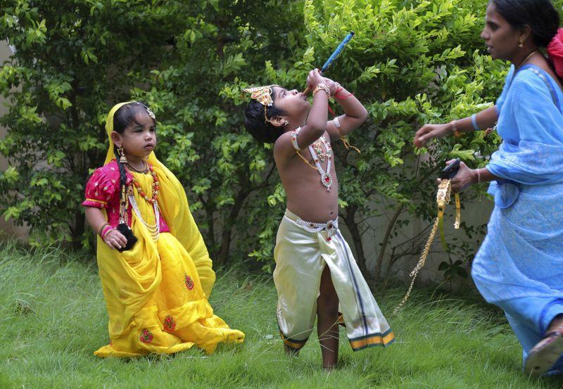 Copy of India_Hindu_Festival_03384.jpg-2375e-1597230088055