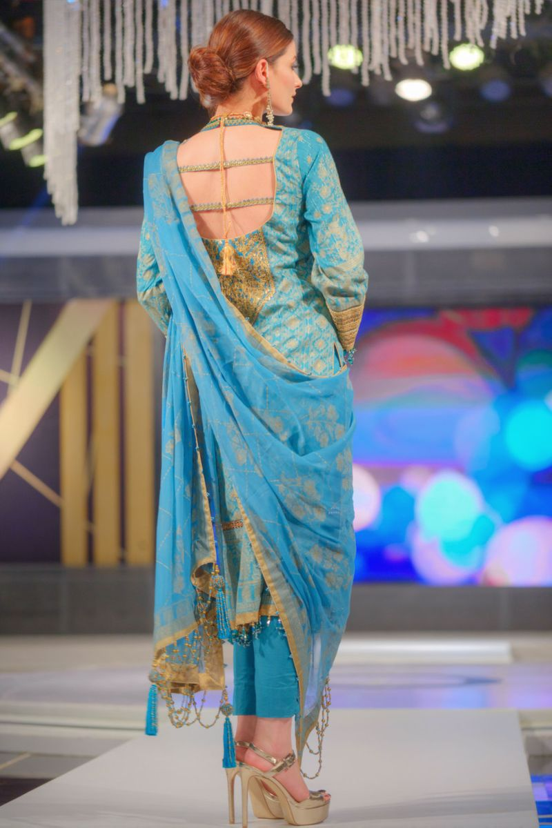 Alkaram's collection at the fashion show-1597645818422