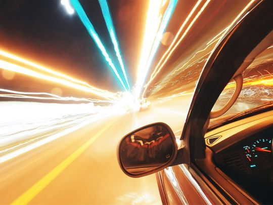 speed driving, speedometer