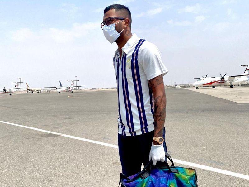 Mumbai Indians fly into Abu Dhabi for IPL 13