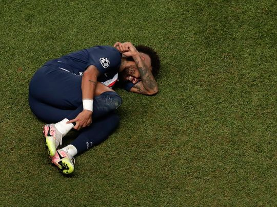 PSG's Neymar playacts in the Champions League final against Bayern Munich
