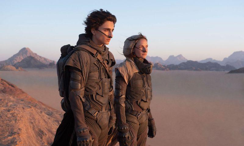 Timothee Chalamet and Rebecca Ferguson in Dune-1598248597933