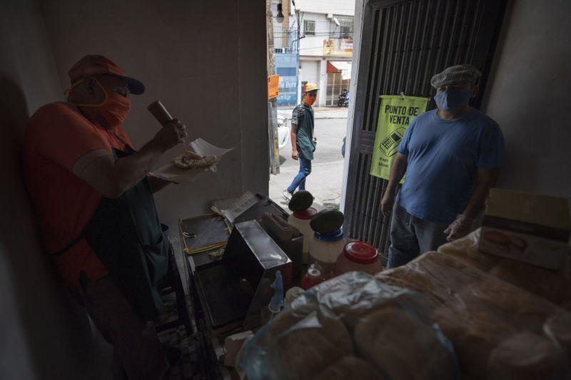 Copy of Virus_Outbreak_Venezuela_-_Working_From_Home_99239.jpg-25bd9-1598440966465