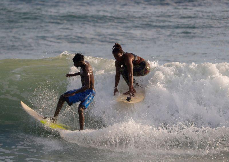 SURFER7687-1598521971119