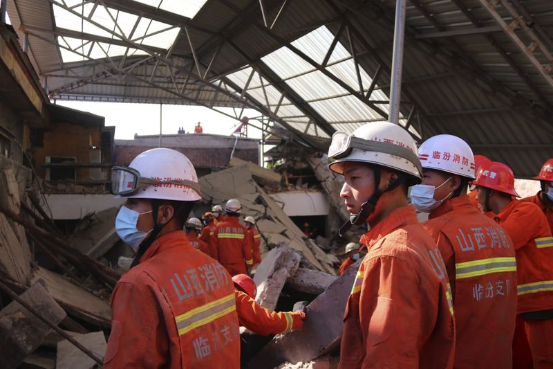 Copy of China_Building_Collapse_01532.jpg-e10bf-1598773930130