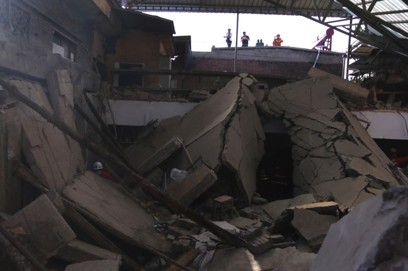 Copy of China_Building_Collapse_52460.jpg-d75a3-1598773895077