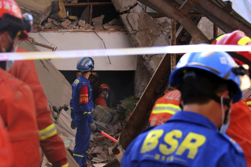 Copy of China_Building_Collapse_88583.jpg-95204-1598773898405