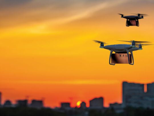 Warehousing & Logistics home delivery by drones for web
