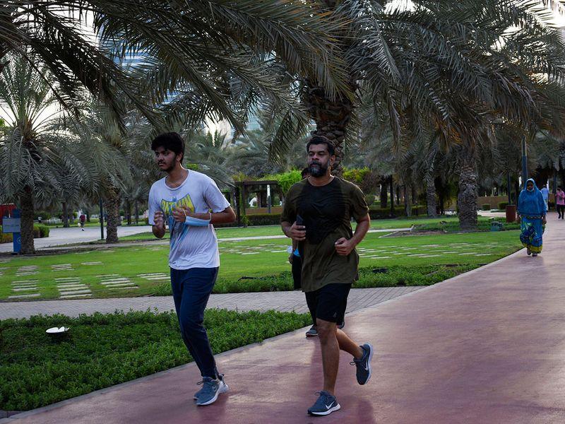 Joggers in Buhareih cornice