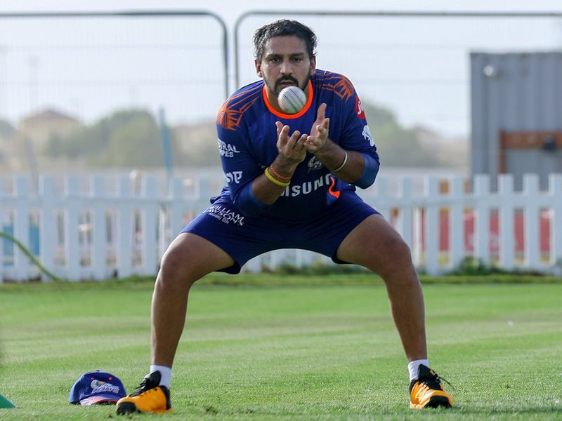 Mumbai Indians catch the attention with their catching skills