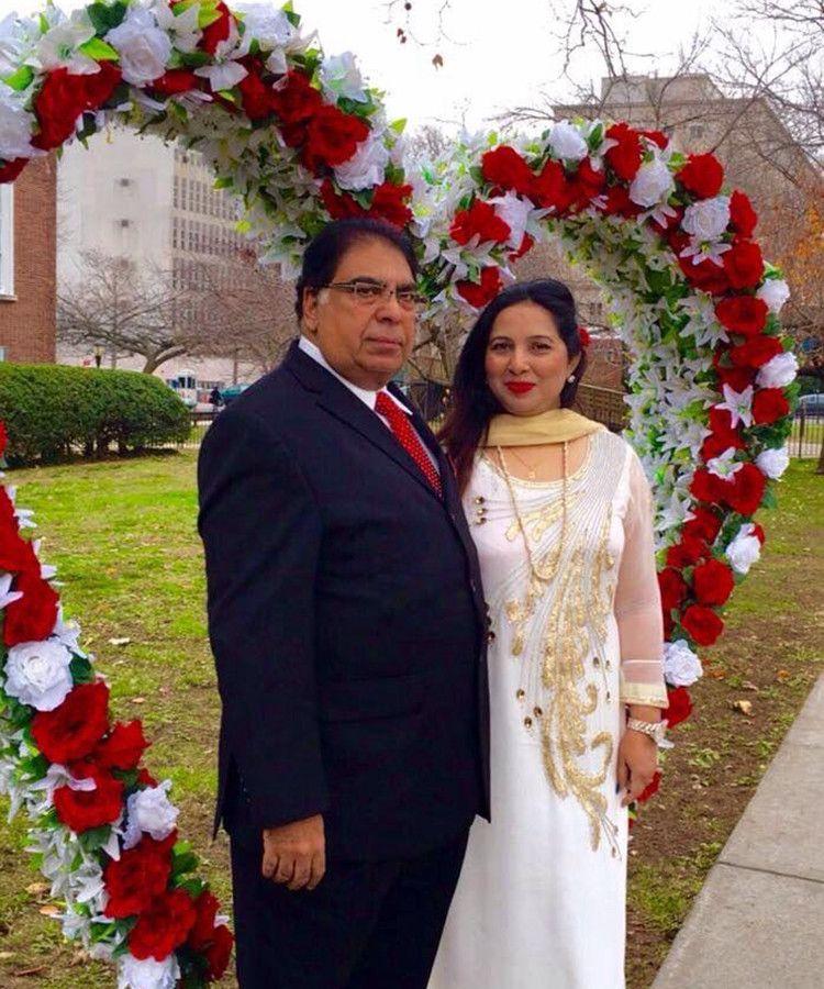 NAT Shahid Nawaz and his wife-1599117208325
