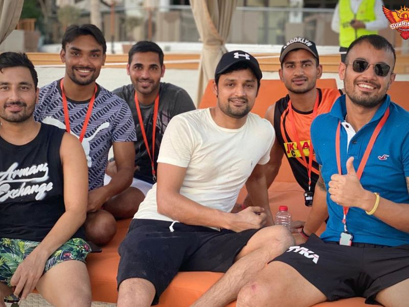 Sunrisers Hyderabad gave the thumbs up from their hotel.