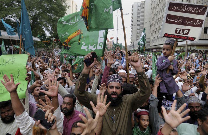 Copy of Pakistan_Charlie_Hebdo_Protest_76982.jpg-55182-1599294171430