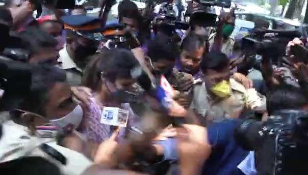 Rhea Chakraborty mobbed