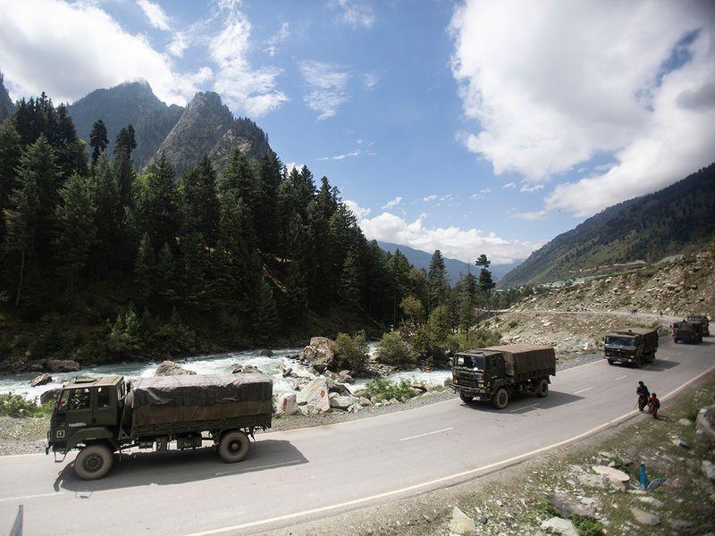 Srinagar-Ladakh highway