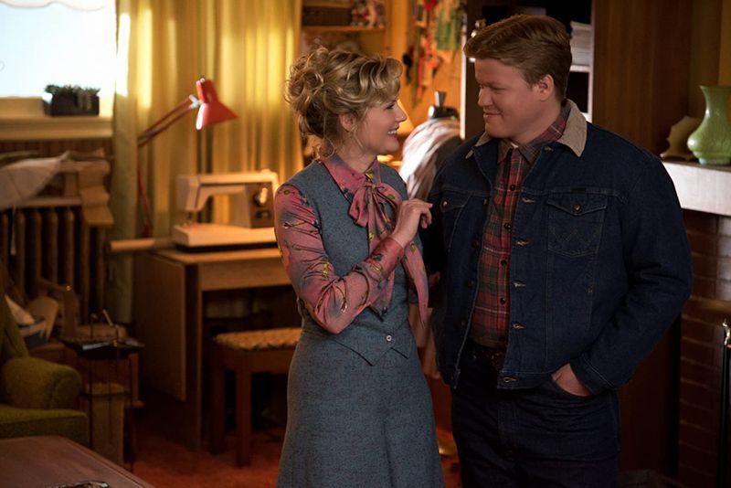 Jesse Plemons and Kirsten Dunst in Fargo-1599460603826