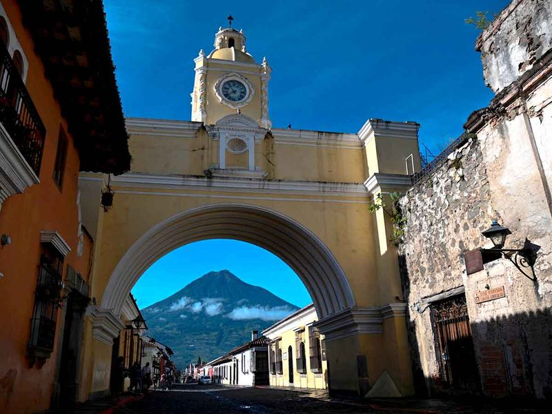 Photos: Frozen in time, scenic Antigua waits for foreign tourists
