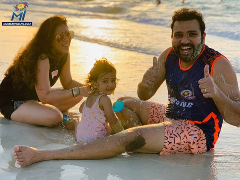 Mumbai Indians players at a UAE beach