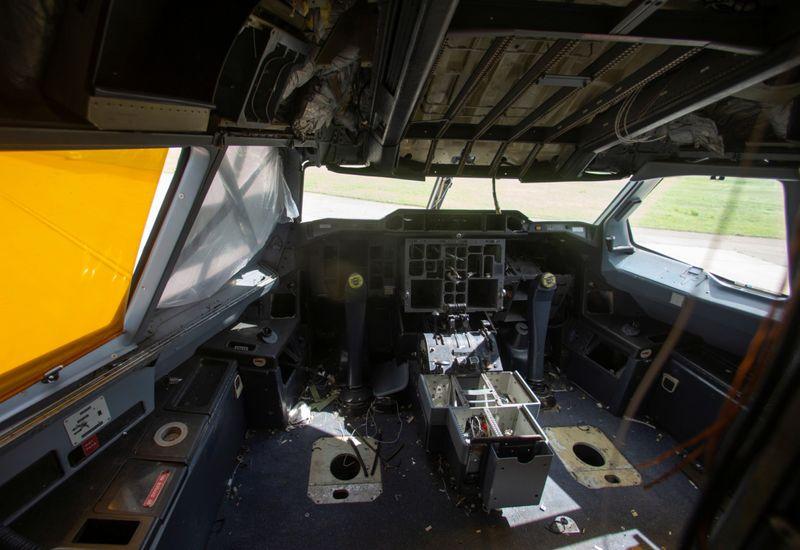 BUS AIRBUS45-1600000321480