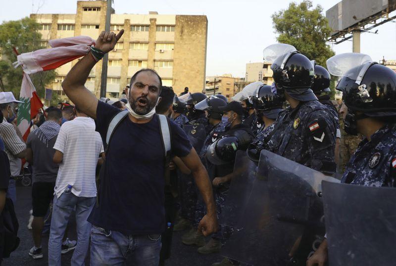 Copy of Lebanon_Protest_80715.jpg-12cfe-1599968944275