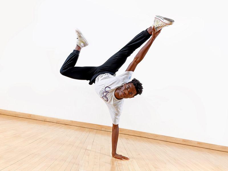 NAT 200913 WSO GEMS Education Dancers 11-1599985231796