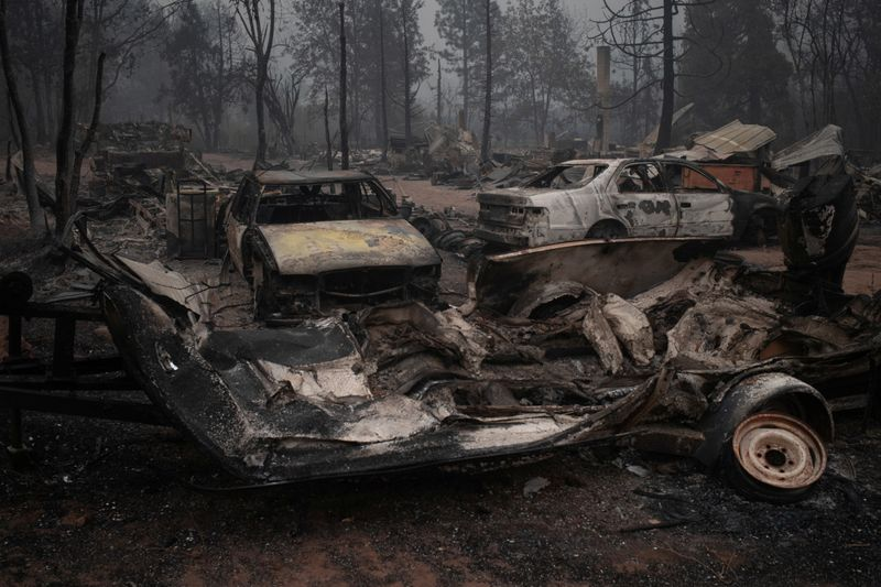 Copy of 2020-09-12T074634Z_922305673_RC2VWI95D82S_RTRMADP_3_USA-WILDFIRES-OREGON-1600152986235